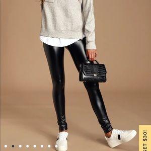 Lulus Faux Leather Leggings🤘🏼